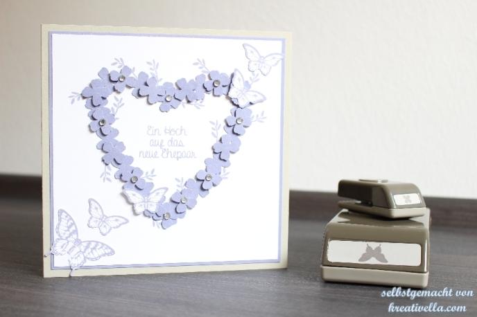 Hochzeitskarte Hochzeitspapeterie Blauregen Saharasand Weiß