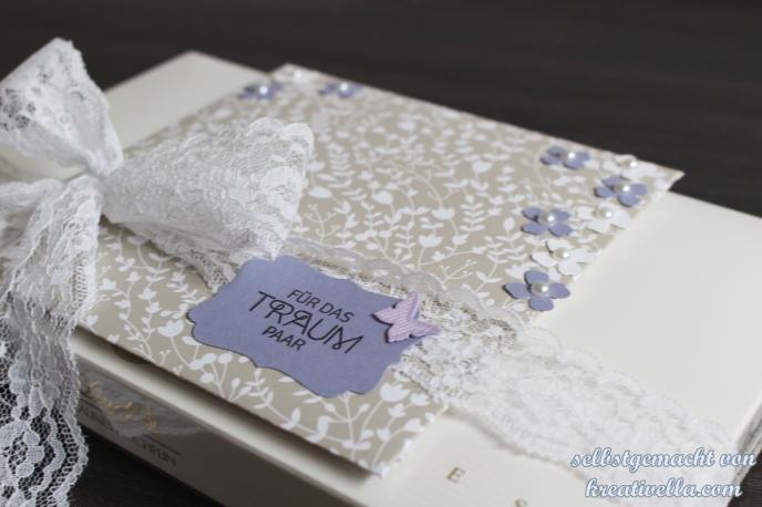 Hochzeitsgeschenk Blauregen Flieder weiß Pralinen Karte Umschlag