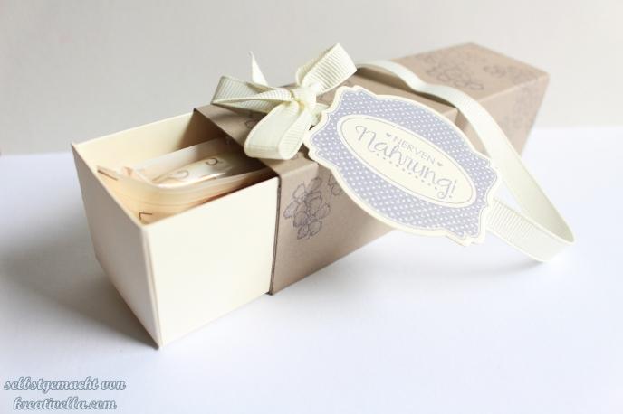 Amicelli Geschenkbox selbstgemacht Verpackung Etikettenkunst Nervennahrung Ach du meine Grüße Birthday Blossom Stampin' Up!