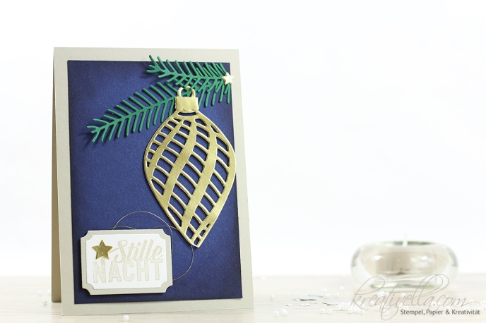 Weihnachtskarte blau gold Christbaumkugeln BigShot Thinlits gestanzt Edel schlicht wirkungsvoll elegant am Christbaum delicate ornaments Weihnachtspotpourri Pretty Pines Stampin' Up! Kreativella 2016